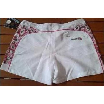 SHORTS-DONNA-COLOR-BIANCO-STAMPE-FANTASIA-FLOREALE-TRENDY-SEXI-LOOK-SHOPPING-