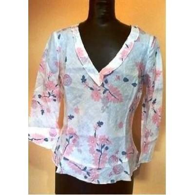 blusa-lino-rosa-fantasia-floreale-manica-lunga-elegante-moda-giovane-glamour-look-fashion-Benetton-made-in-italy-