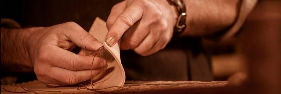 Collezione pelletteria artigianale borse accessori