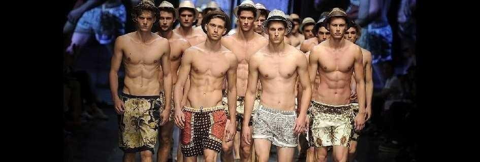 I bermuda griffati di tendenza per l'uomo fashion