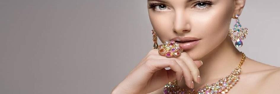 I gioielli artigianali Italian style fashion di tendenza fatti a mano